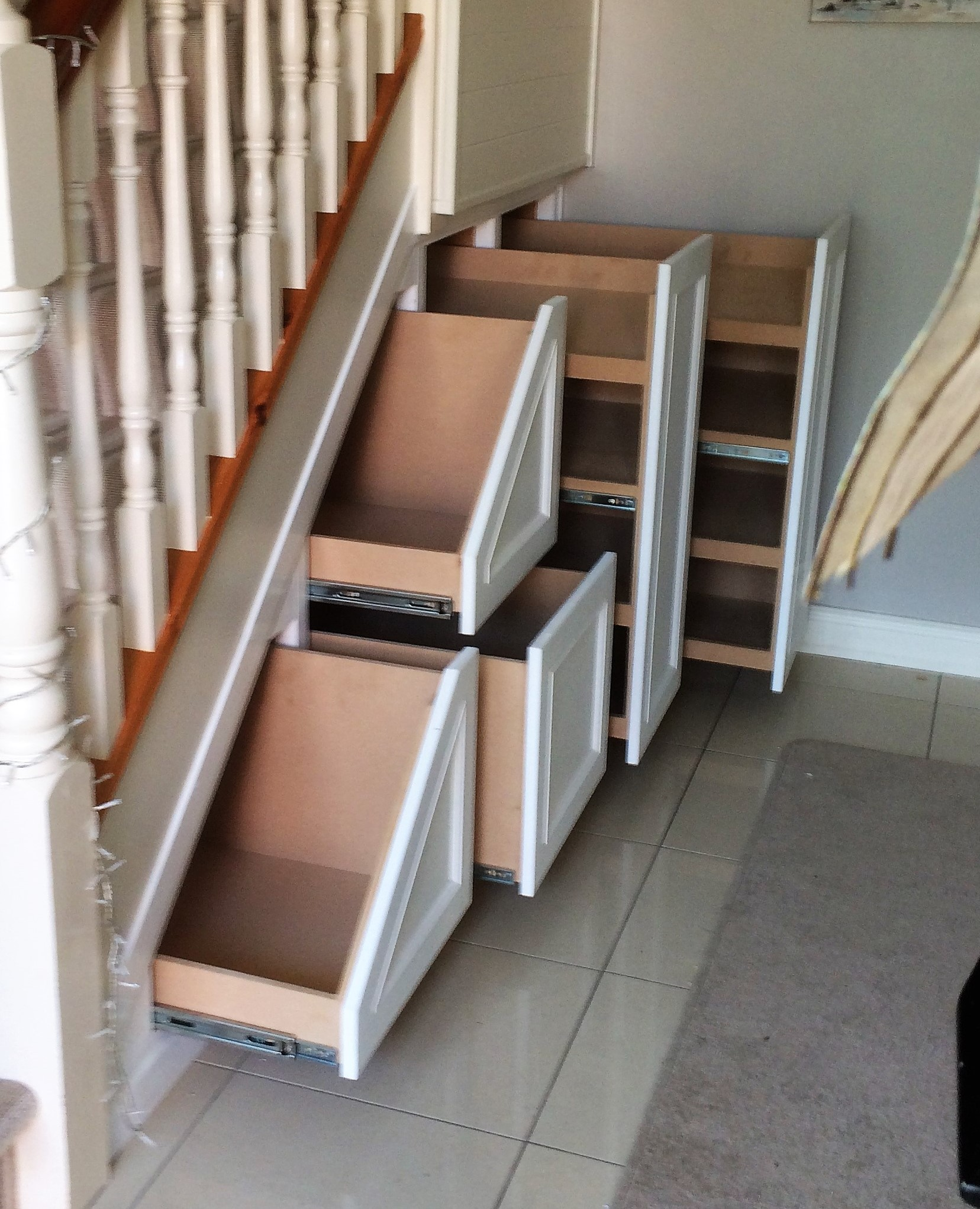 Three drawers with double shoe rack